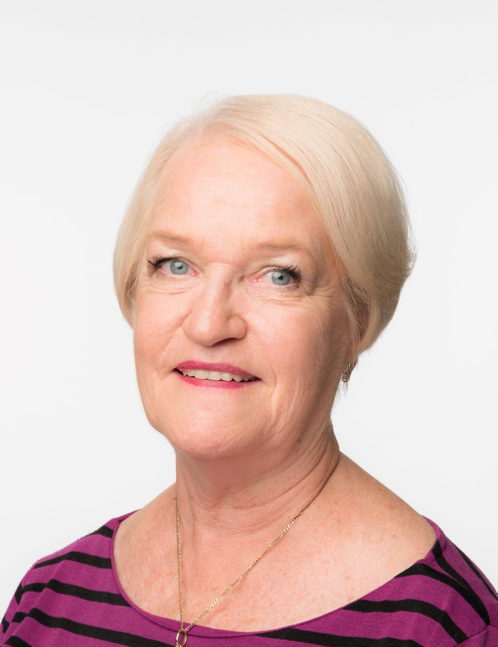 Christine Gunn